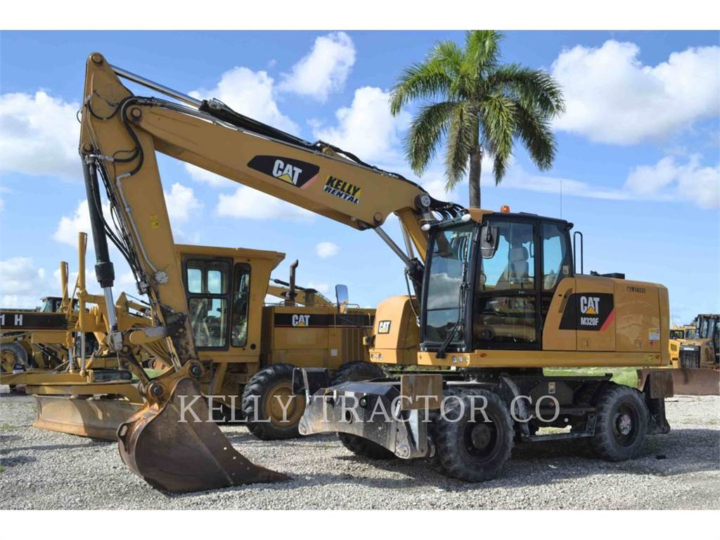 Caterpillar M320F, wheel excavator, Construction