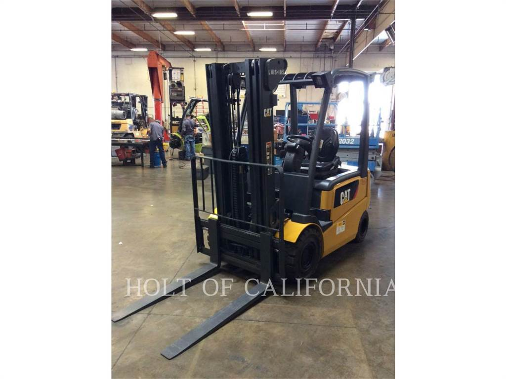 Caterpillar MITSUBISHI 2EPC5000, Electric Forklifts, Material Handling