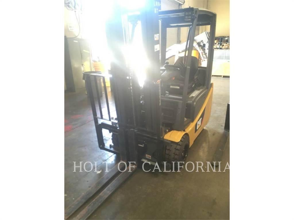 Caterpillar MITSUBISHI 2ET3500, Electric Forklifts, Material Handling