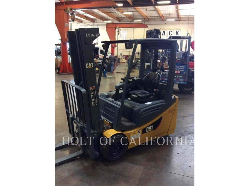 Caterpillar MITSUBISHI 2ET3500, Misc Forklifts, Material Handling