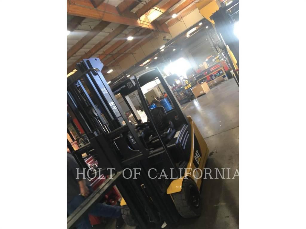 Caterpillar MITSUBISHI 2ET3500, Misc Forklifts, Material Handling