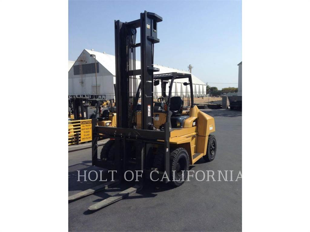 Caterpillar MITSUBISHI DP70N, Diesel Forklifts, Material Handling