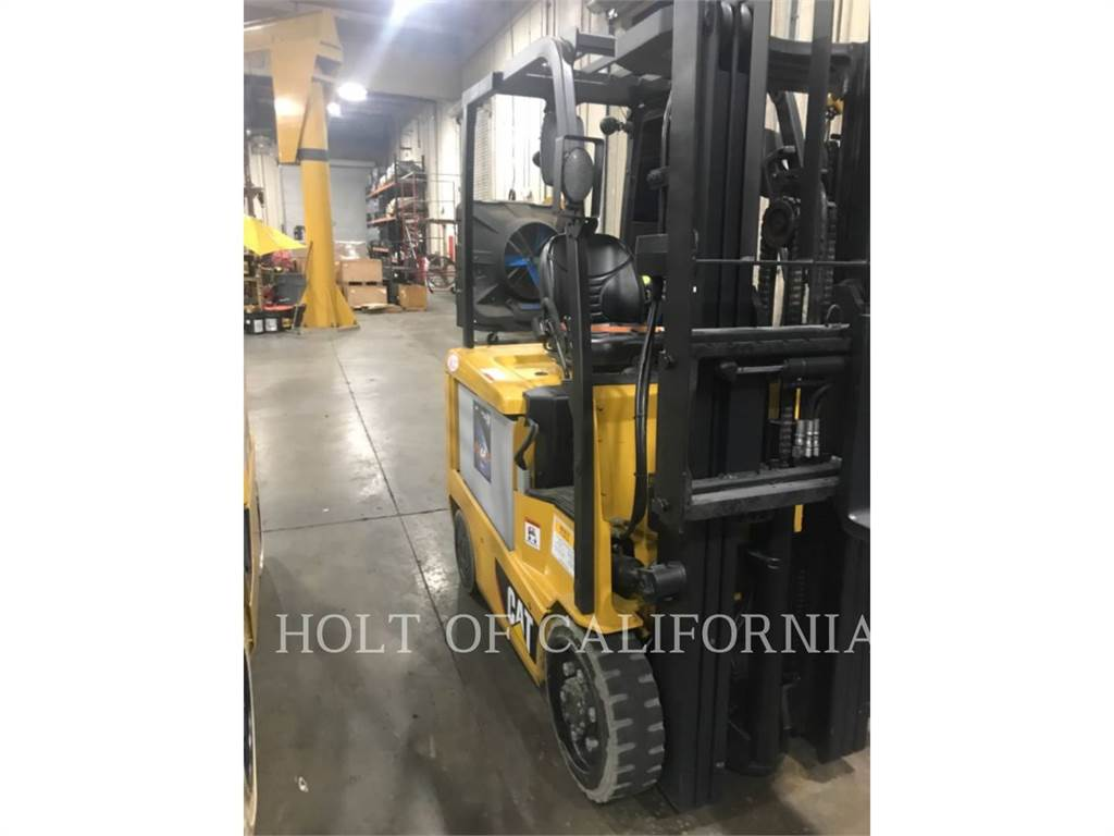 Caterpillar MITSUBISHI EC25N2, Electric Forklifts, Material Handling