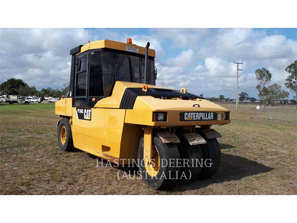 Caterpillar PF-300C, pneumatic tired compactors, Construction