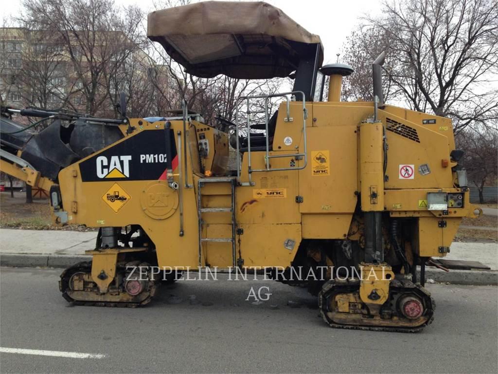 Caterpillar PM-102、アスファルトコールドミリングマシーン、建設
