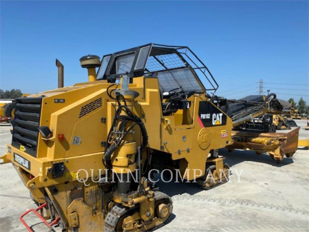 Caterpillar PM-102, Asphalt and Tar Sprayers and Sealers, Construction