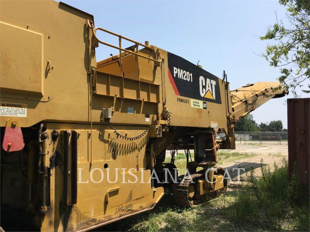 Caterpillar PM-201, Asphalt cold milling machines, Construction