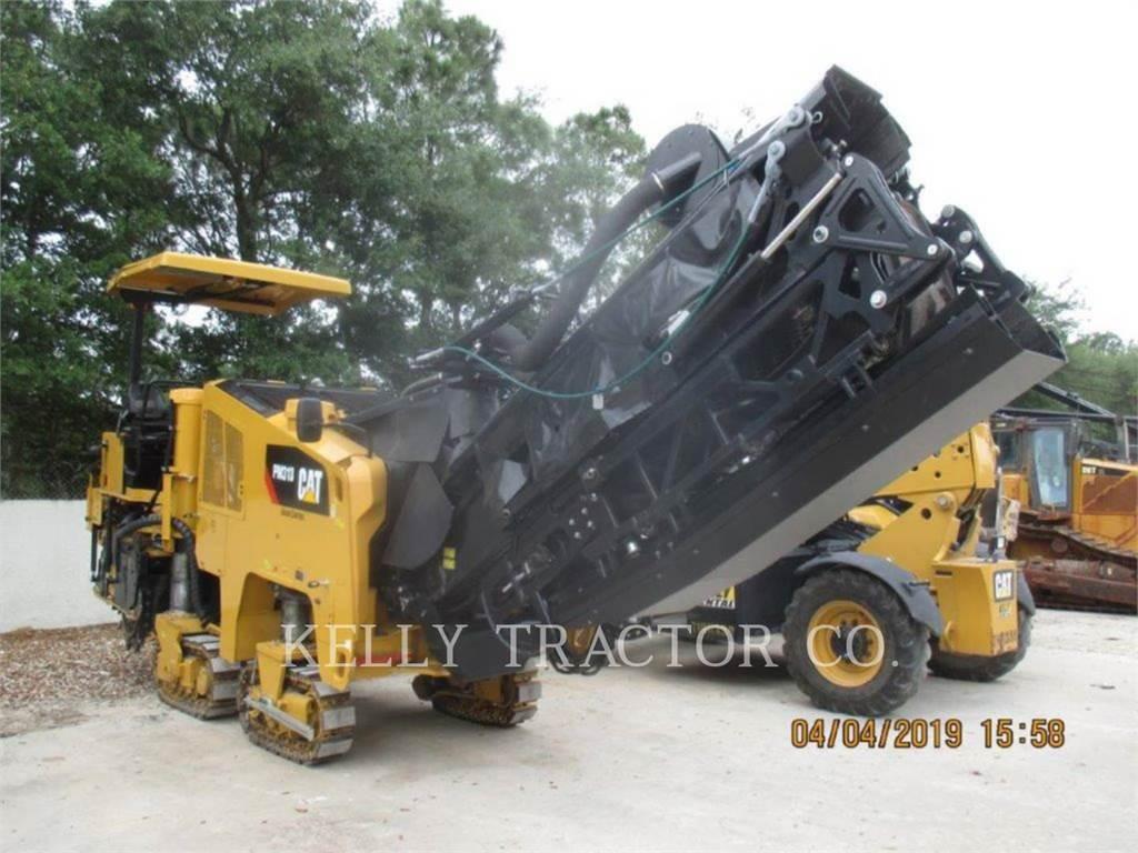Caterpillar PM313, Máquinas moledoras de asfalto en frío, Construcción