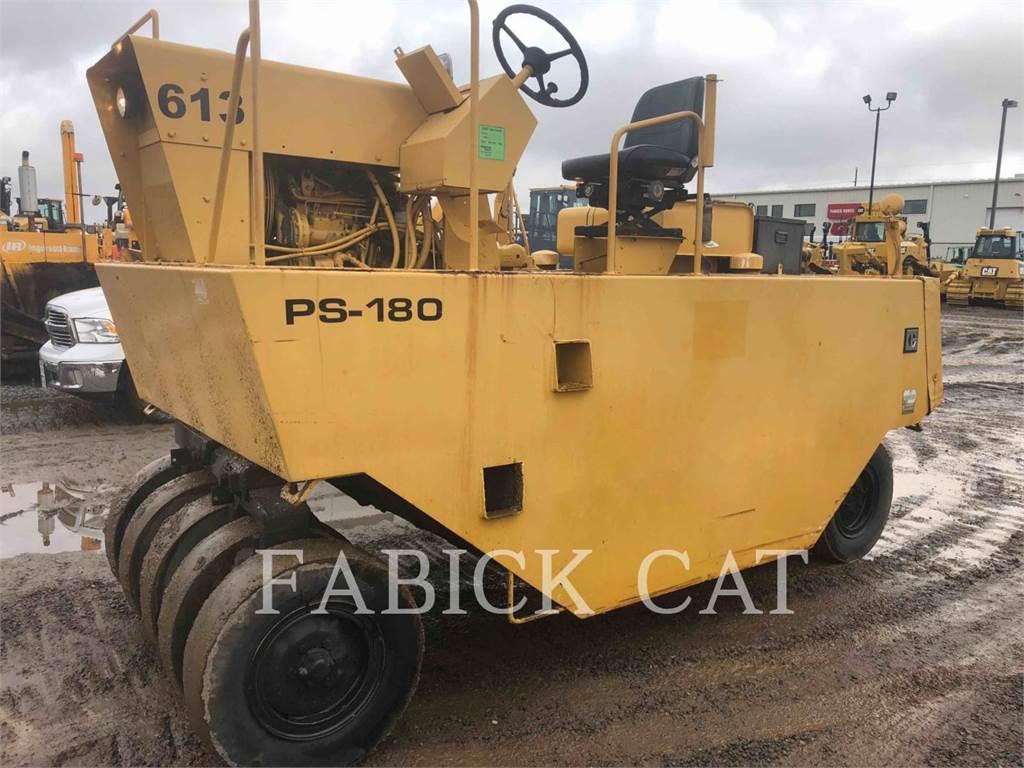 Caterpillar PS-180, pneumatic tired compactors, Construction