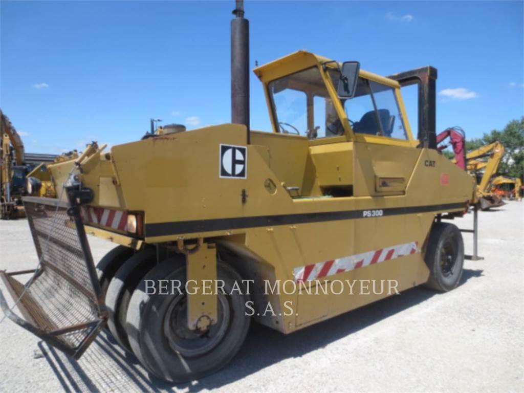 Caterpillar PS-300, gummiradwalzen, Bau-Und Bergbauausrüstung
