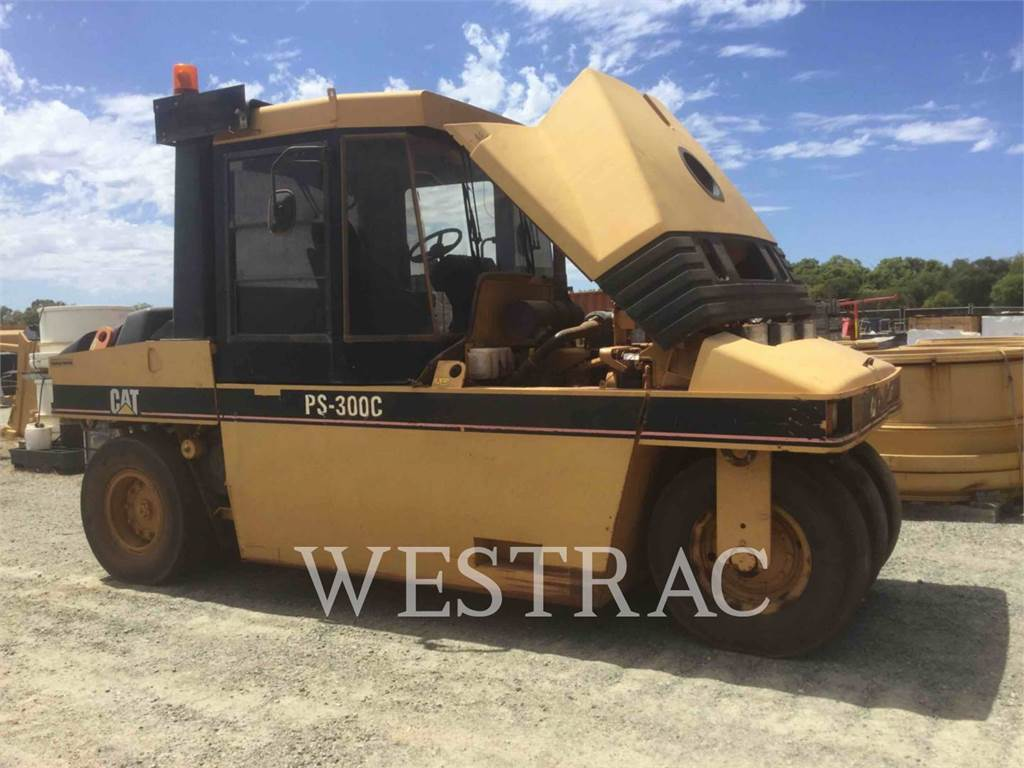 Caterpillar PS-300C, pneumatic tired compactors, Construction