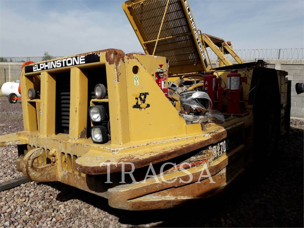 Caterpillar R1700 II, underground mining loader, Construction