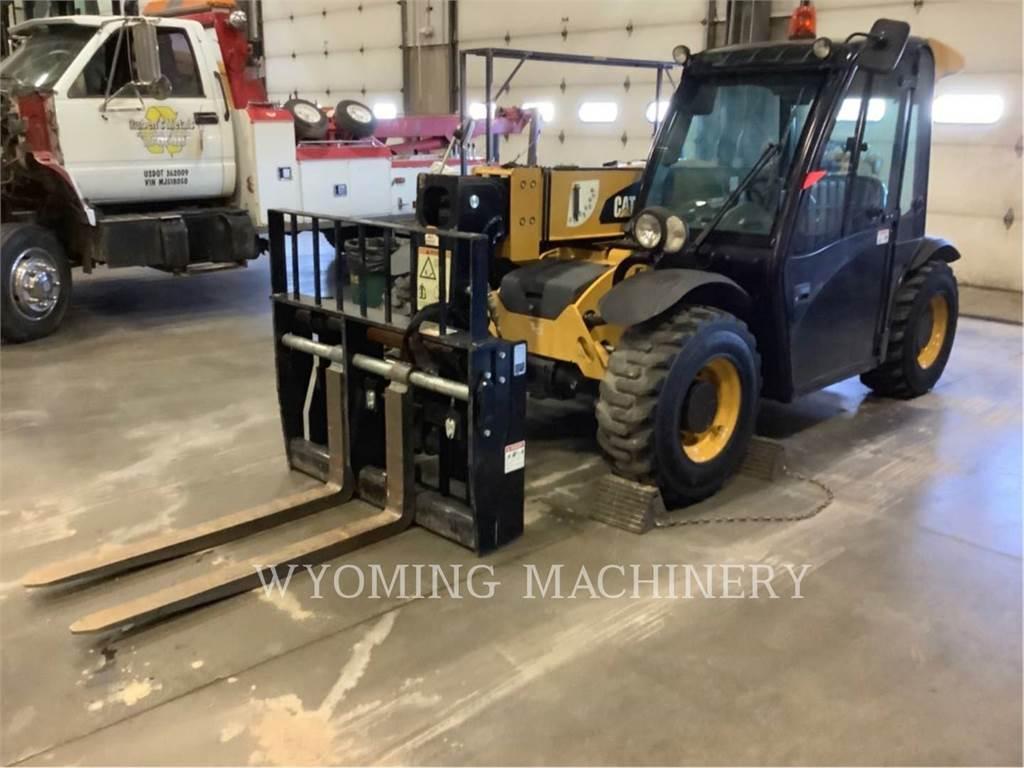 Caterpillar TH255C、伸缩臂叉装车|叉装车、建筑设备