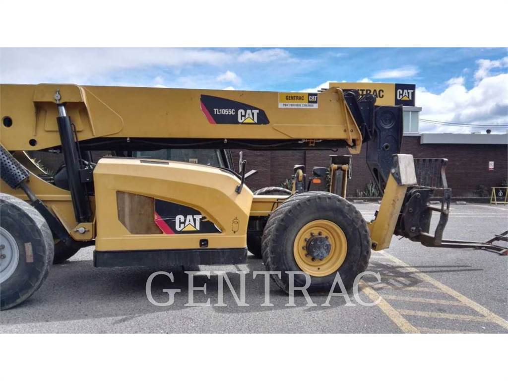 Caterpillar TL1055C、テレハンドラ、建設