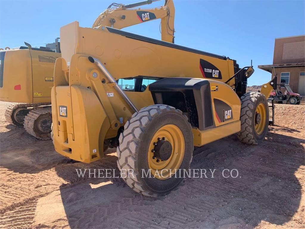 Caterpillar TL1255D CB, chargeur à bras télescopique, Équipement De Construction