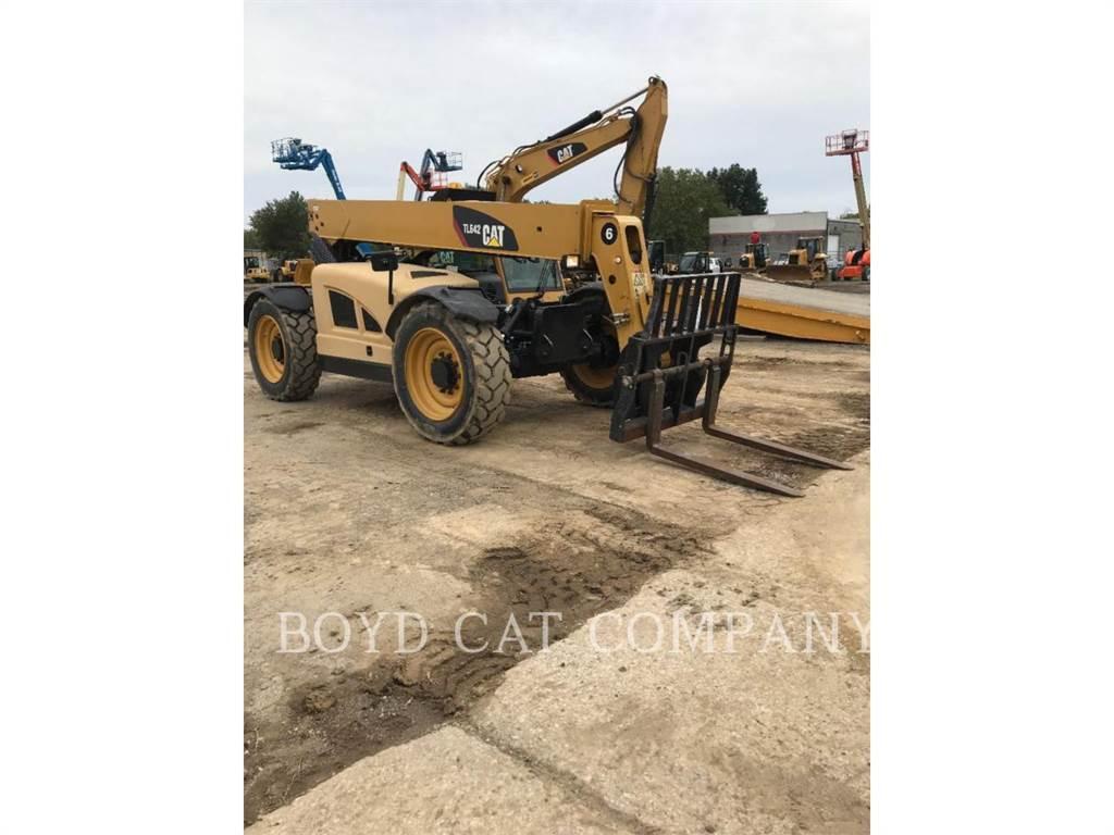 Caterpillar TL642、伸缩臂叉装车|叉装车、建筑设备