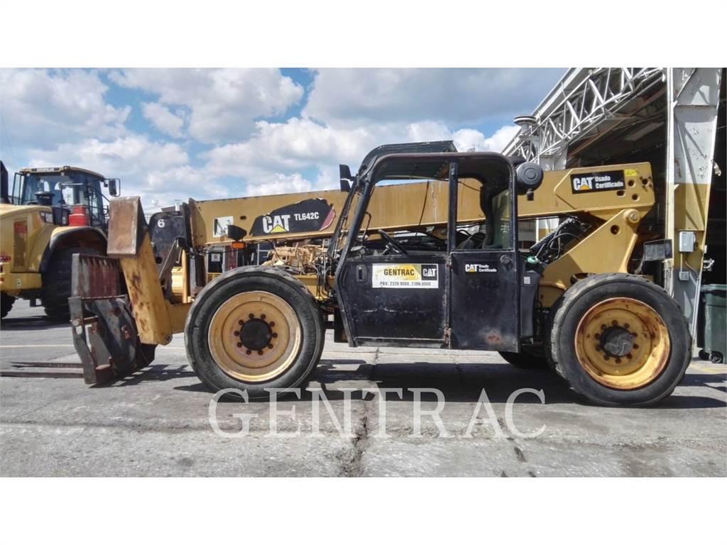 Caterpillar TL642C、テレハンドラ、建設