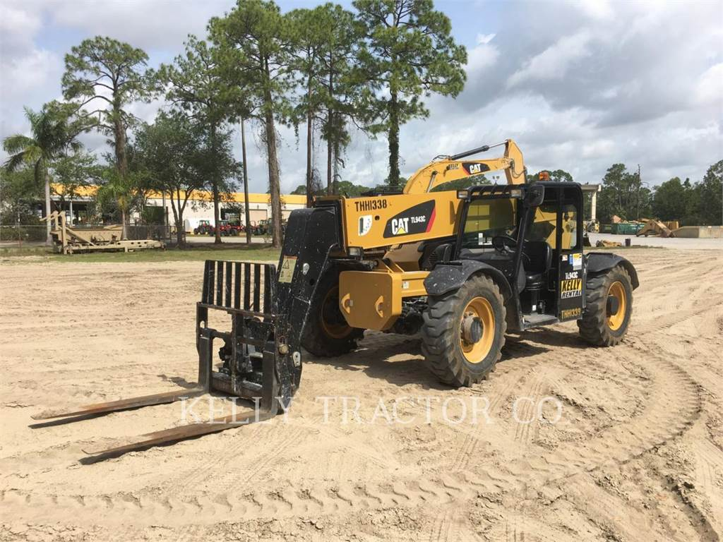 Caterpillar TL943C、テレハンドラ、建設