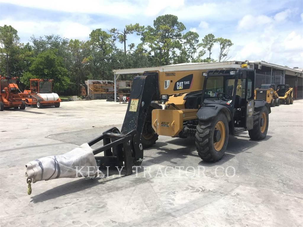 Caterpillar TL943C, manipulador telescópico, Equipamentos Construção