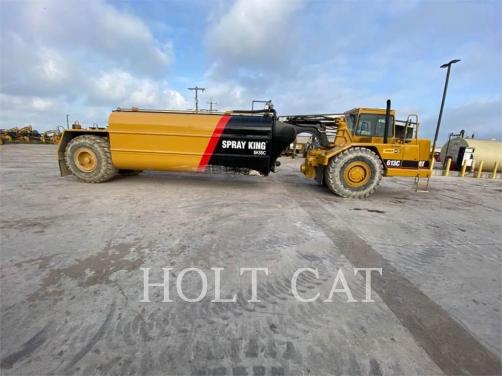Caterpillar W00 613C, camions citerne a eau, Transport
