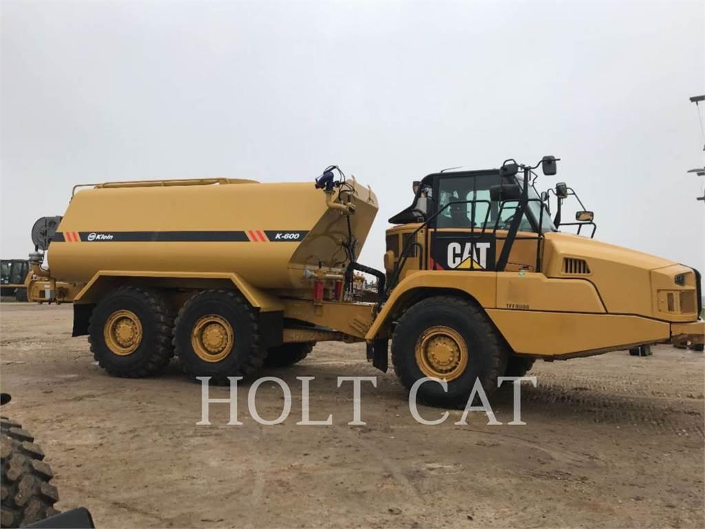 Caterpillar W00 730C, Caminhões-cisterna, Transporte
