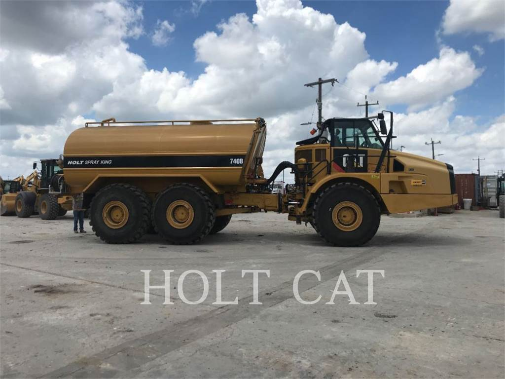 Caterpillar W00 740B, water trucks, Transport