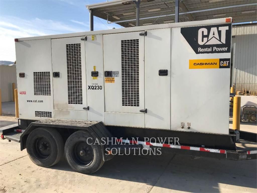 Caterpillar XQ230、移動式発電装置、建設
