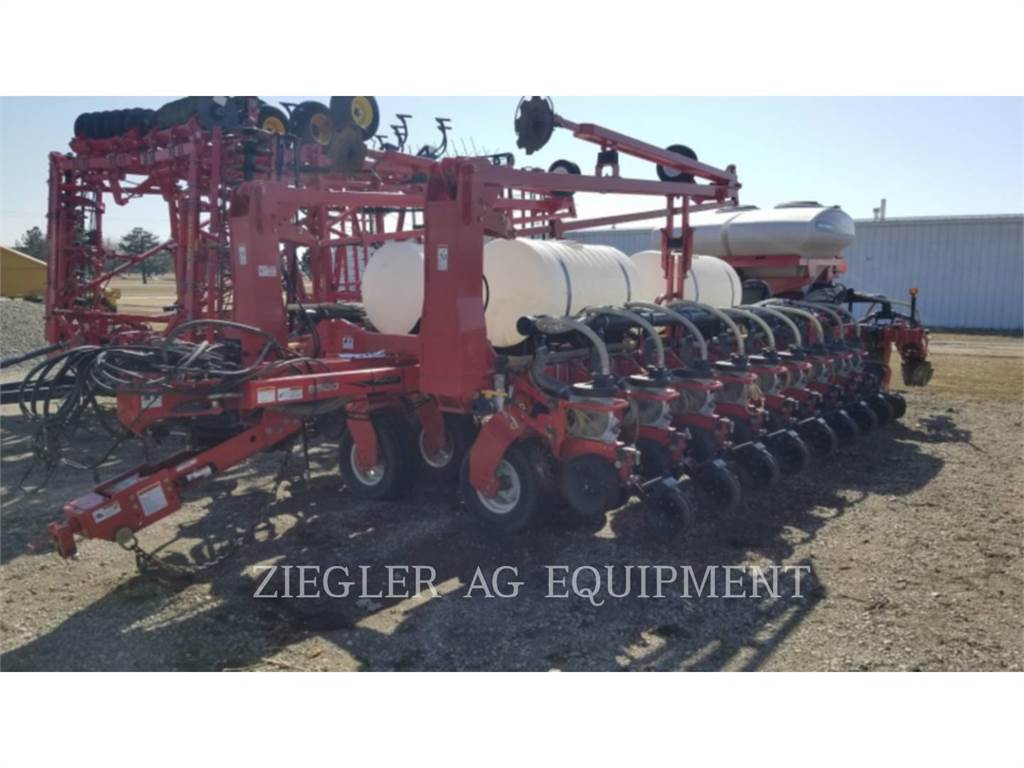 Challenger 8524, planting equipment, Agriculture