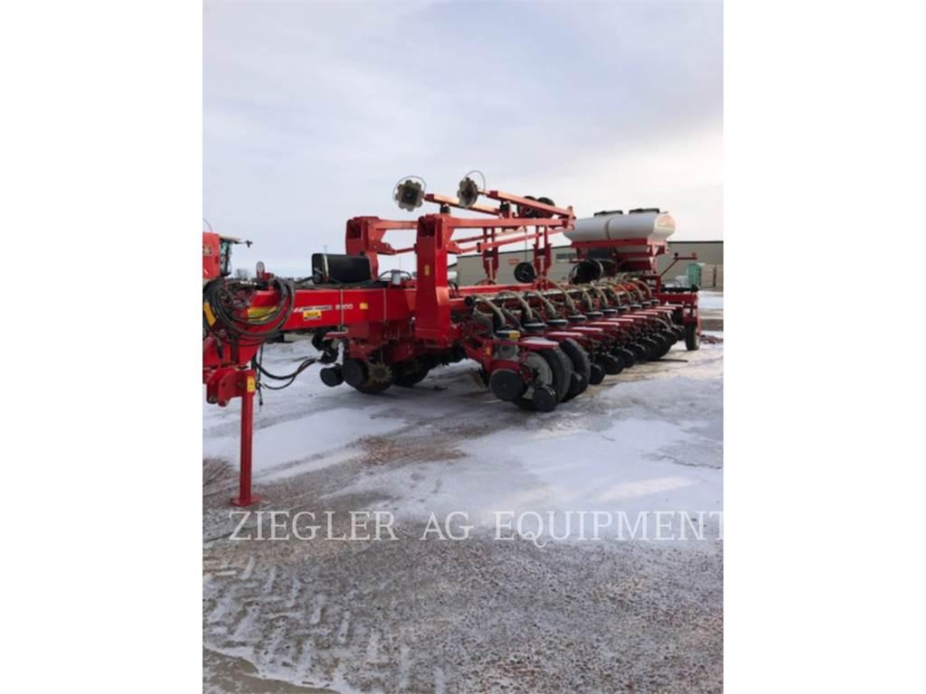 Challenger 8824-30, apparecchiature di semina, Agricoltura