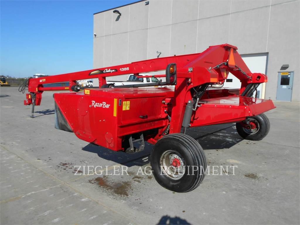 Challenger CH1386, agrarische hooi-uitrusting, Landbouwmachines