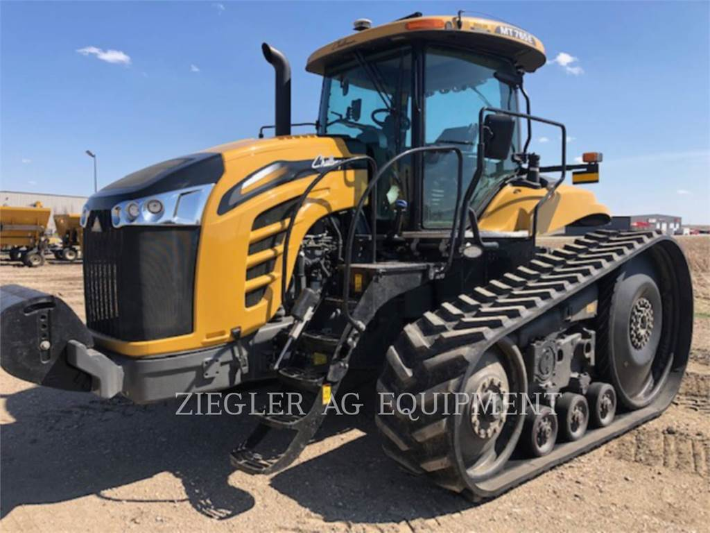 Challenger MT765E, agrarische tractoren, Landbouwmachines