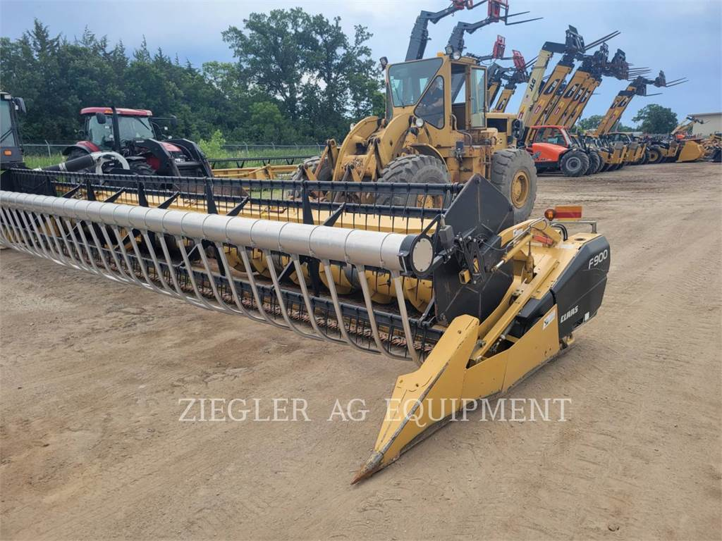 Claas F900, auger, Construction