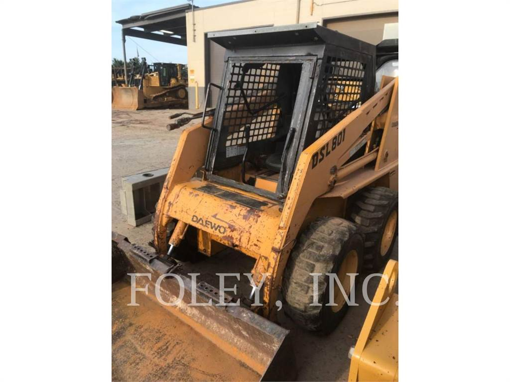 Daewoo DSL801, Skid Steer Loaders, Construction