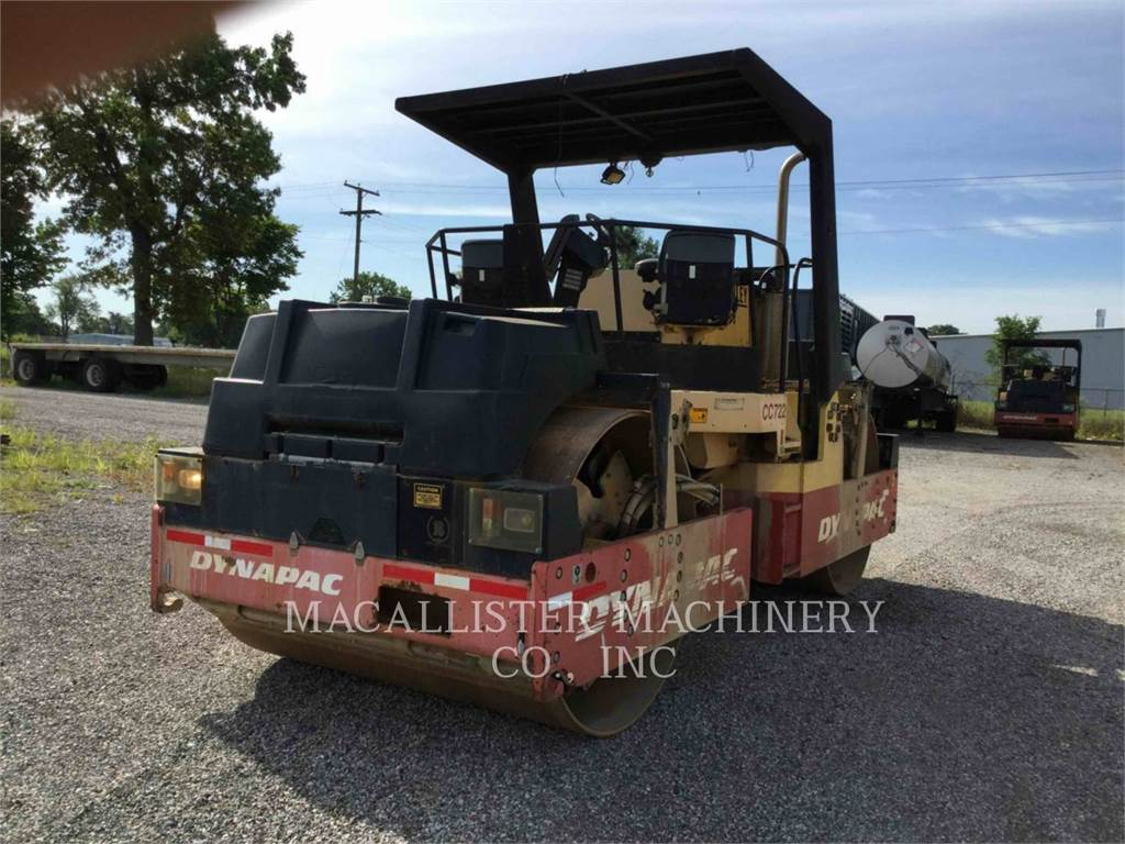 Dynapac CC722, Twin drum rollers, Construction