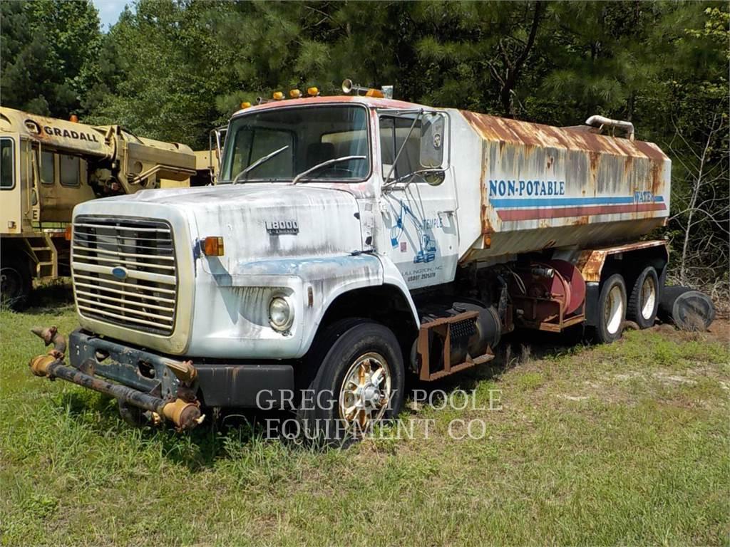 Ford L8000, on highway trucks, Transport