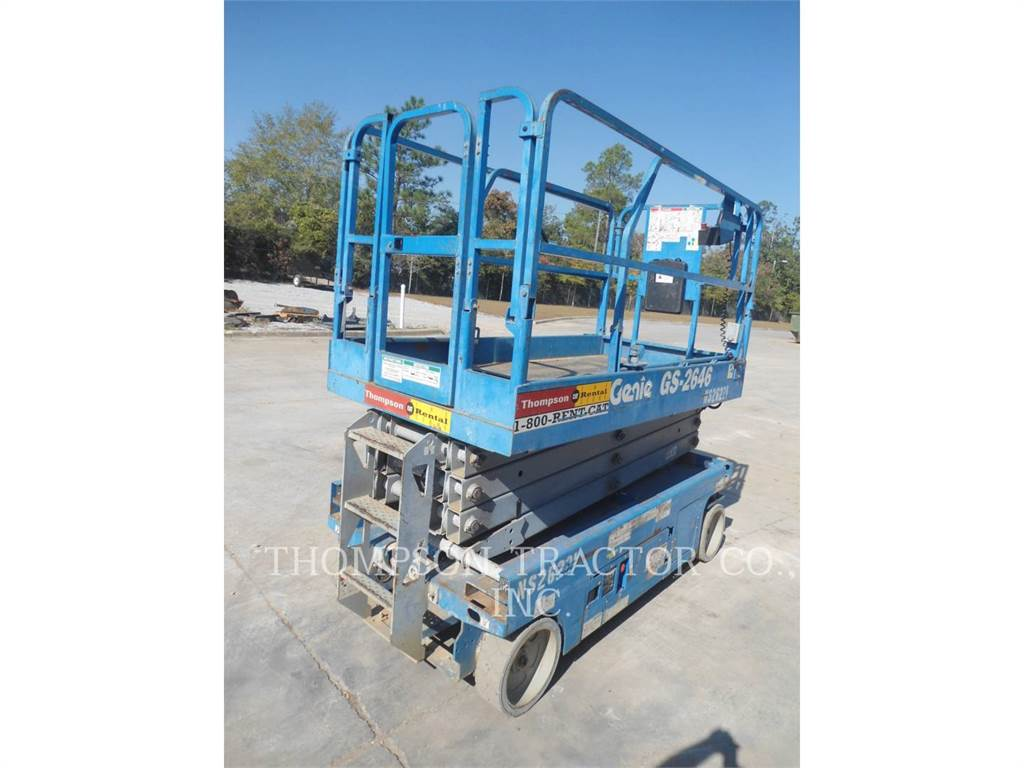 Genie 26 WIDE SCISSOR LIFT, lift - scissor, Construction