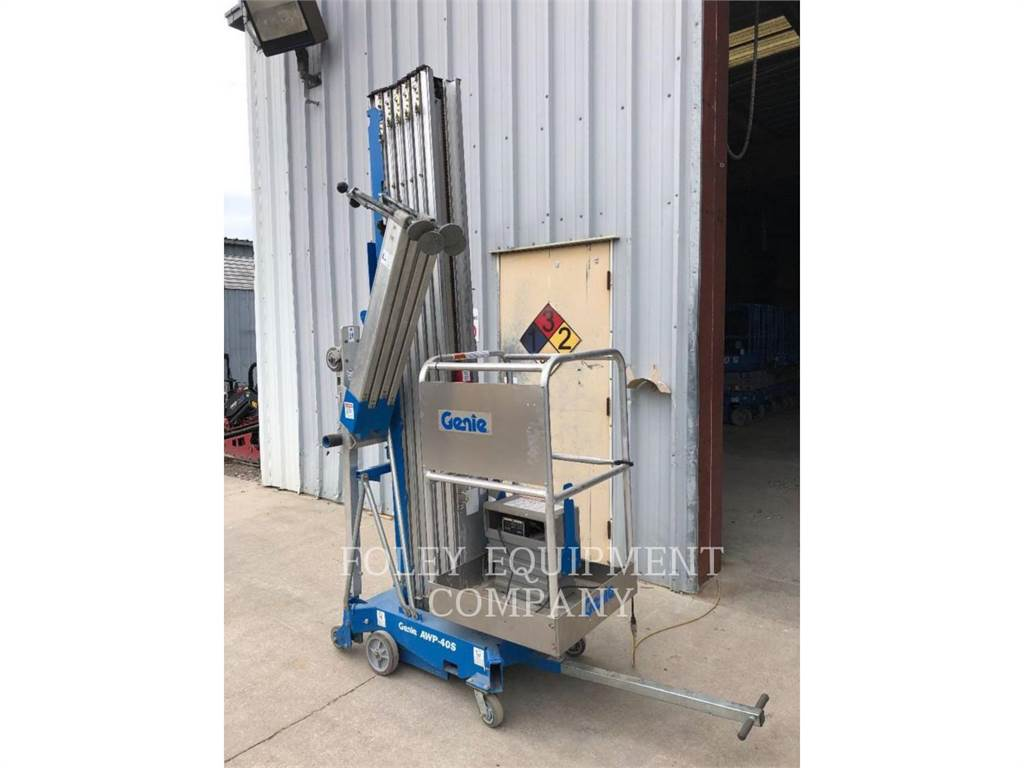 Genie AWP40SDC, lift - scissor, Construction