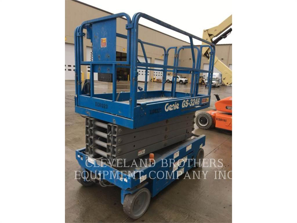 Genie GS-3246, lift - scissor, Construction