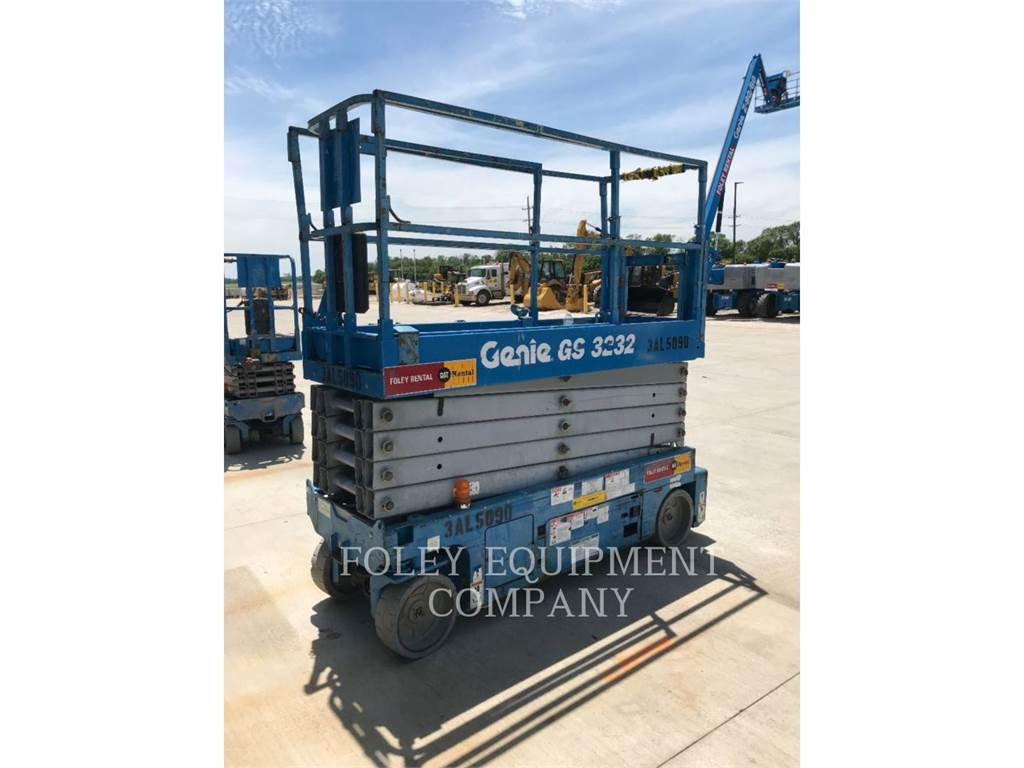 Genie GS3232O, lift - scissor, Construction