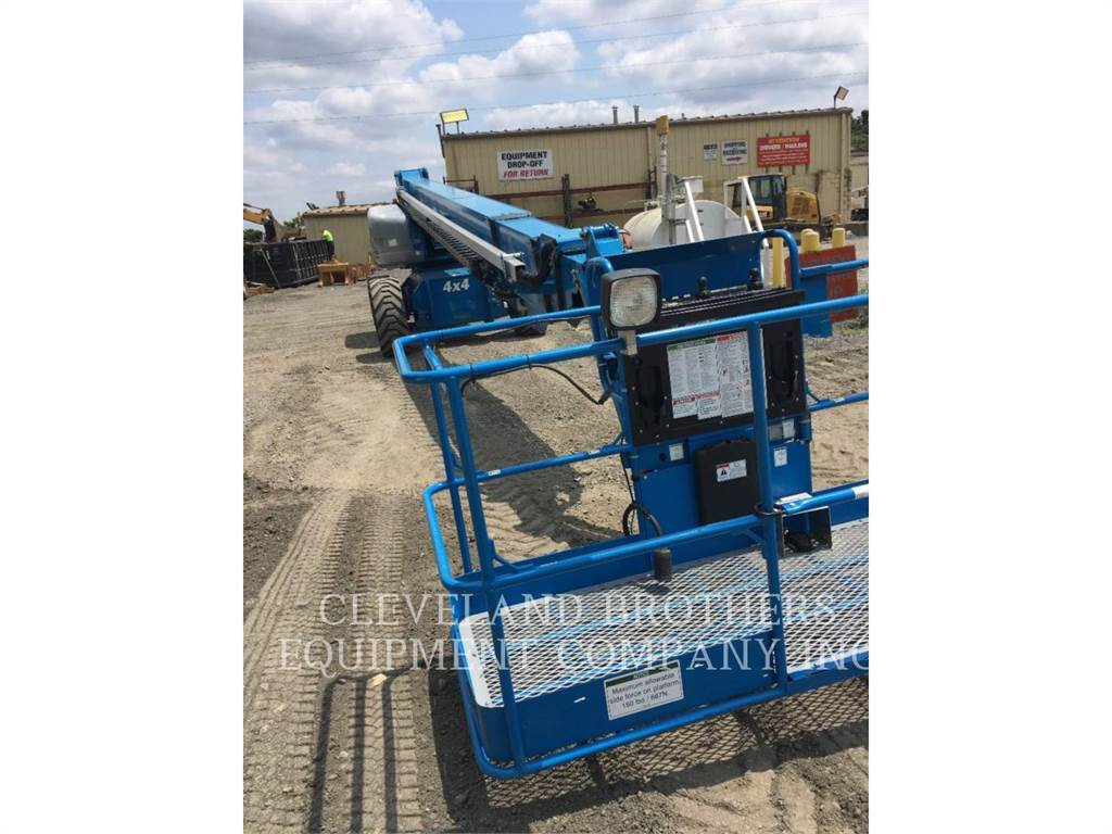 Genie S-125, Articulated boom lifts, Construction