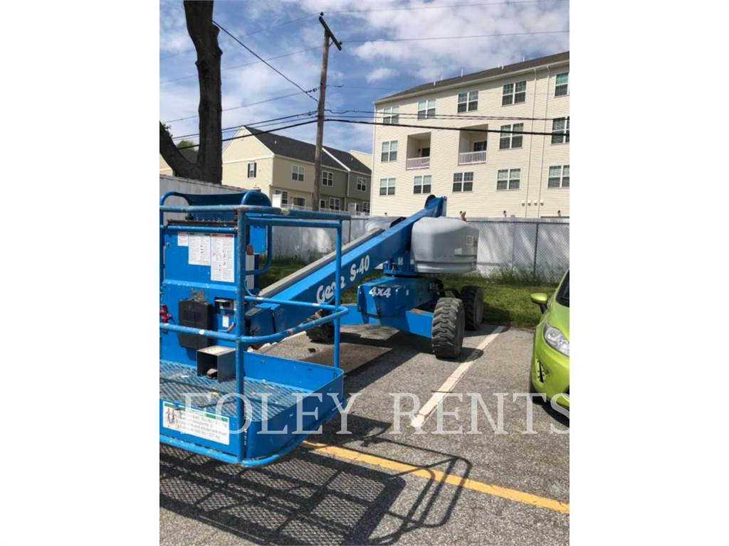 Genie S40 W, Articulated boom lifts, Construction
