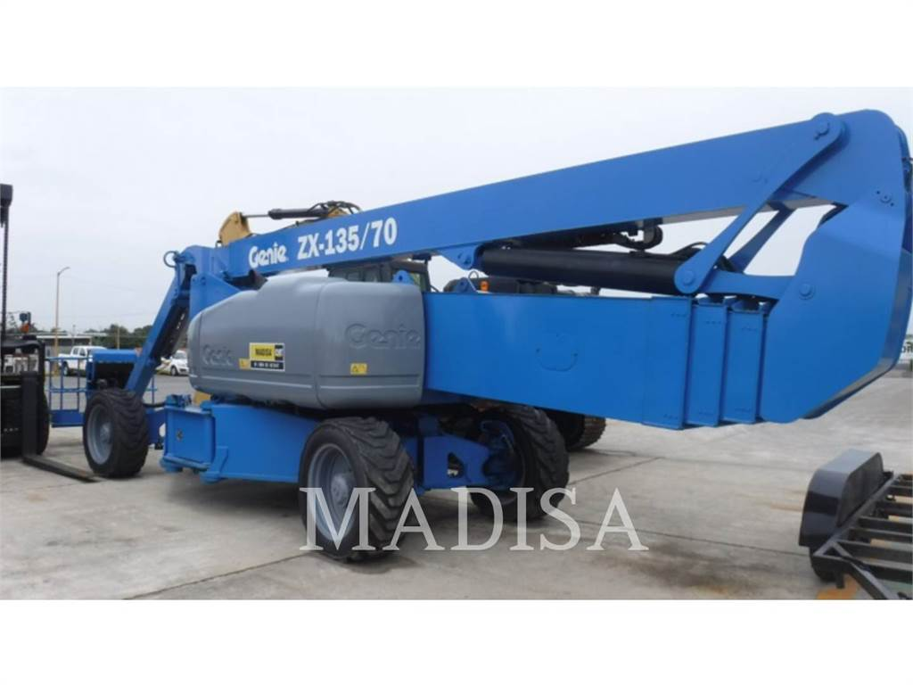 Genie Z135, Articulated boom lifts, Construction