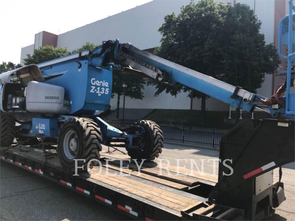 Genie Z135, Elevadores braços articulados, Equipamentos Construção