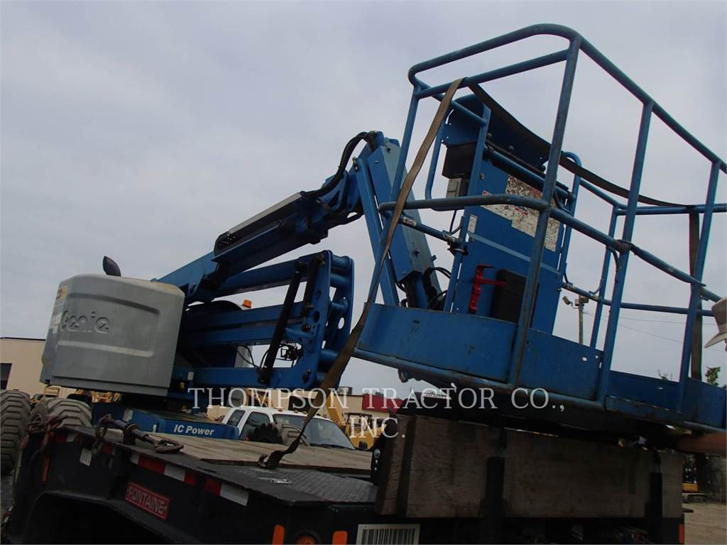 Genie Z4525 4WD DIESEL, Articulated boom lifts, Construction