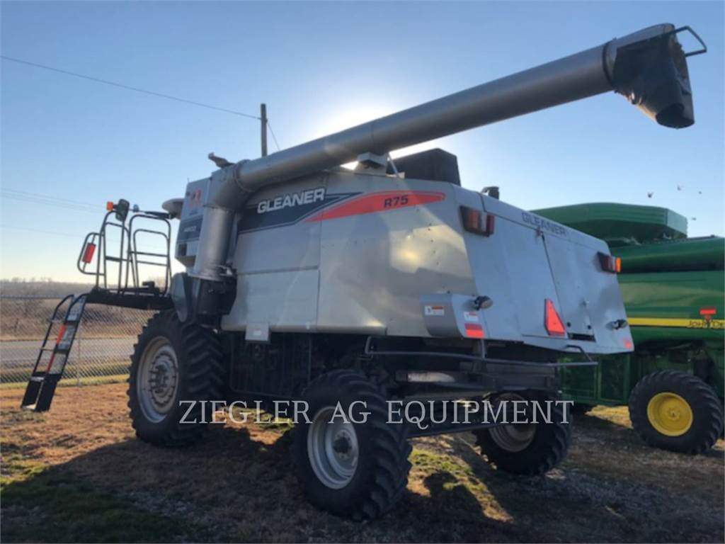 Gleaner R75, combines, Agriculture