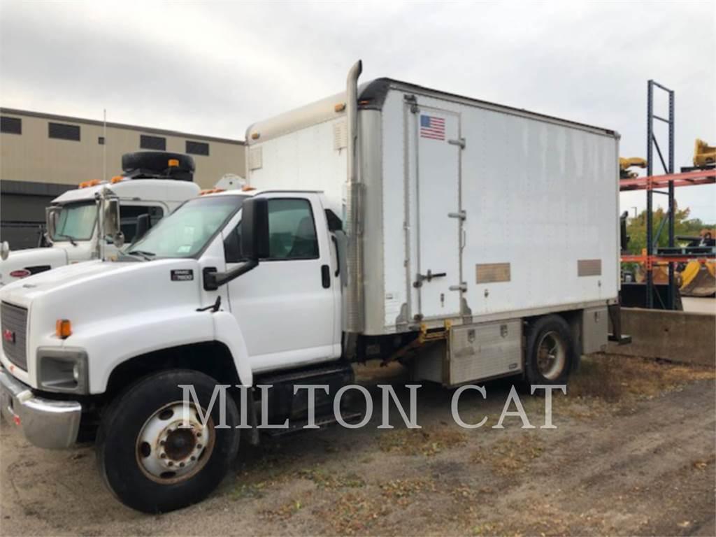 GMC C7500, on highway trucks, Transport