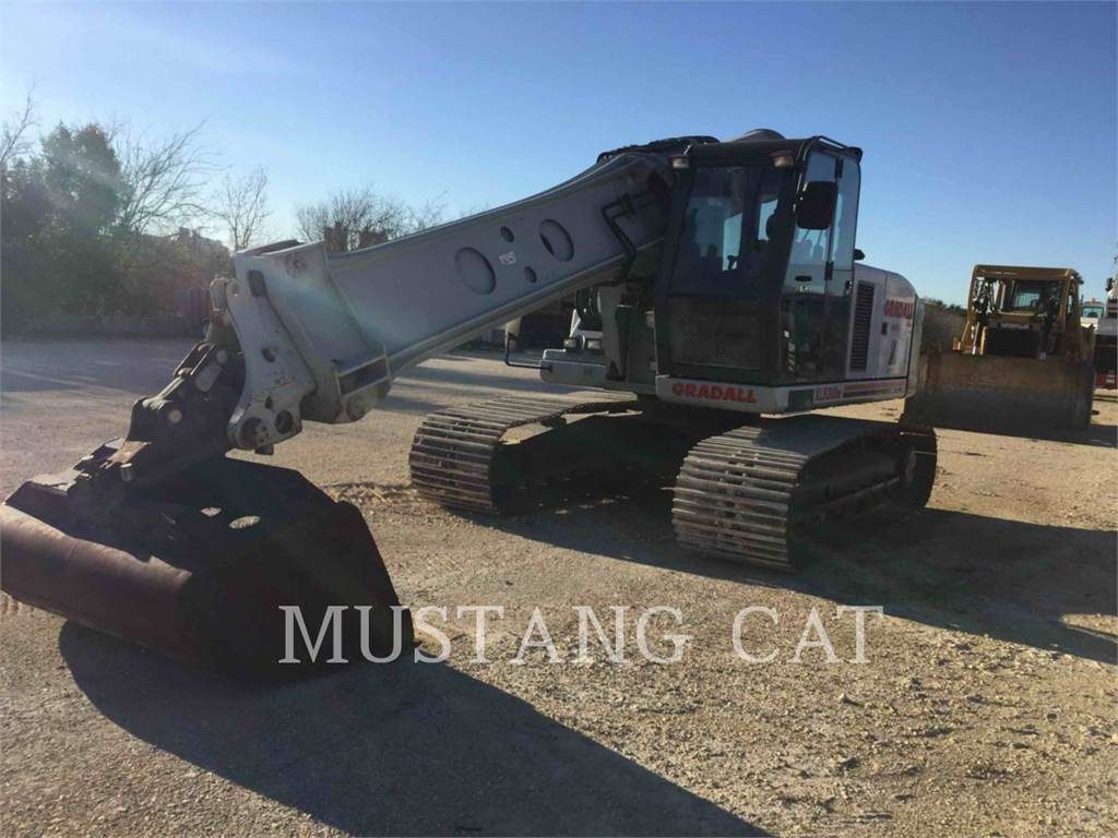 Gradall XL5200, Crawler Excavators, Construction