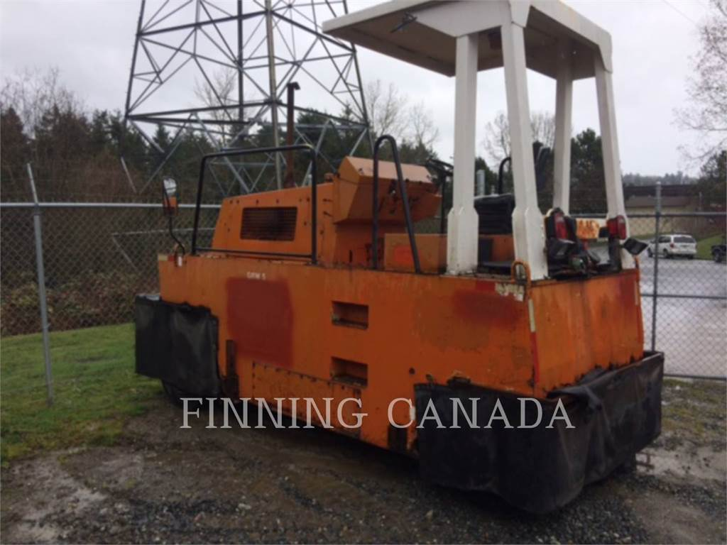 Hamm GRW5, pneumatic tired compactors, Construction
