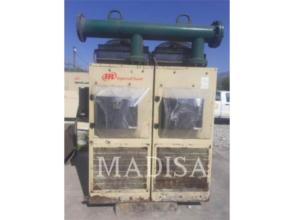 Ingersoll Rand D8160INA, Petroleum Engines, Construction