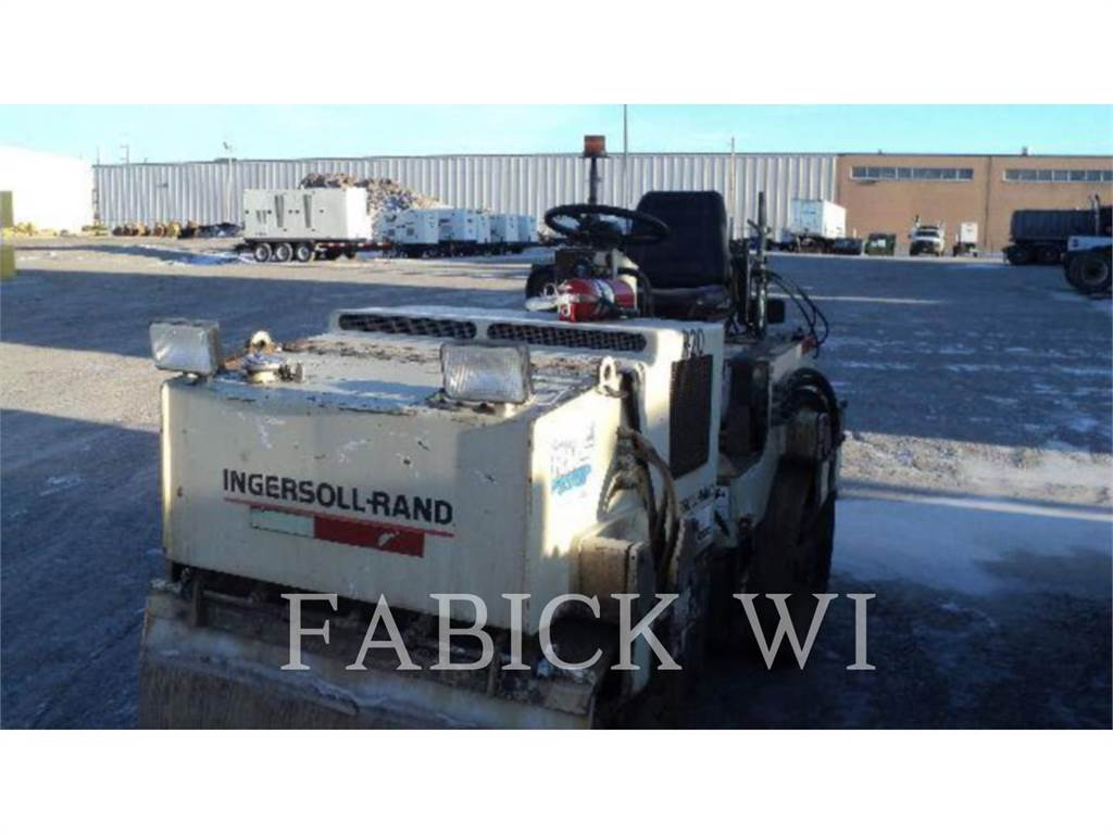 Ingersoll Rand DD24, Waste Compactors, Construction